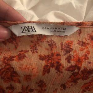 Zara Tops - Zara floral button down blouse
